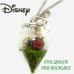 👸Disney Evil Queen Orb Necklace new in pkg
